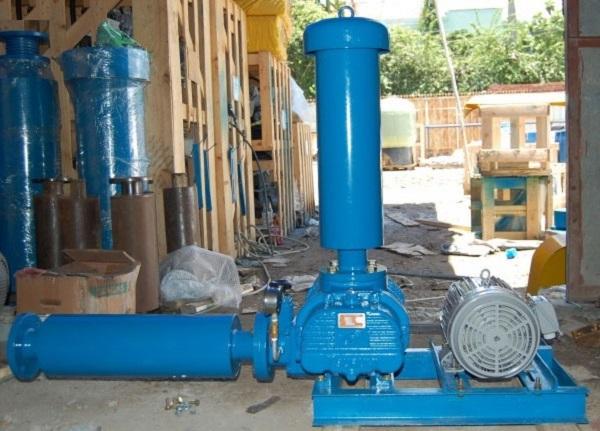 Vai trò và chức năng của máy thổi khí xử lý nước thải và máy bơm chìm