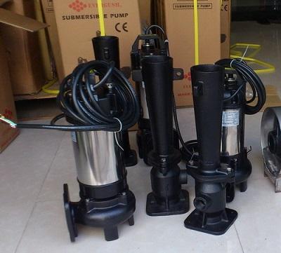 Máy sục khí chìm cung cấp oxy cho các bể nước thải công nghiệp