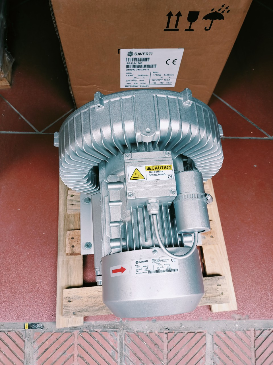 Máy thổi khí con sò Saverti model: SB510-1500