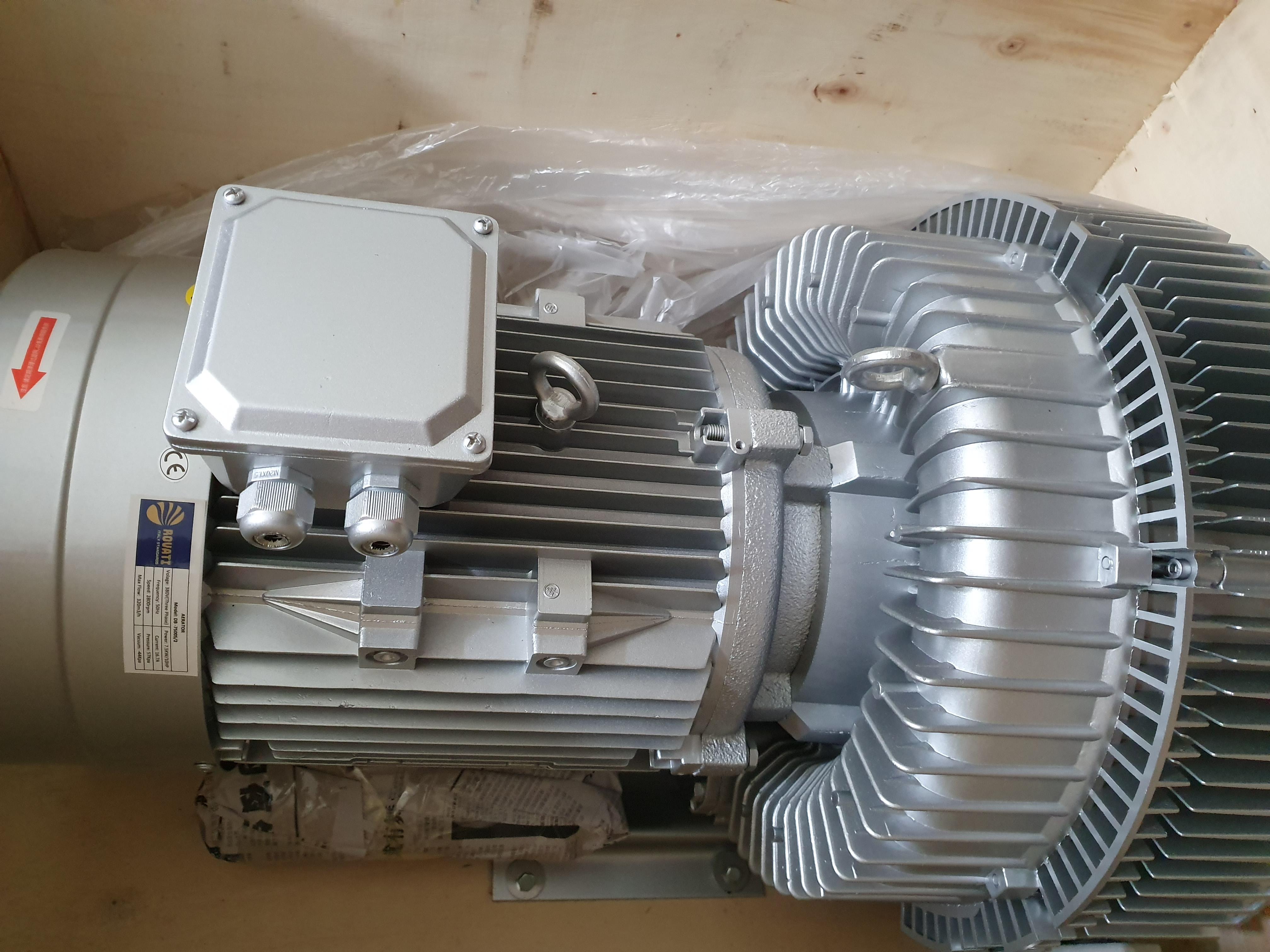 Máy thổi khí con sò Saverti model: SB840-11000S2, công suất 11kw