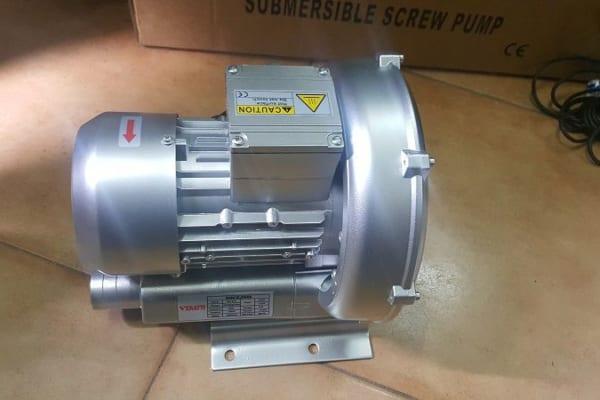 Ứng dụng máy thổi khí trong sản xuất công nghiệp
