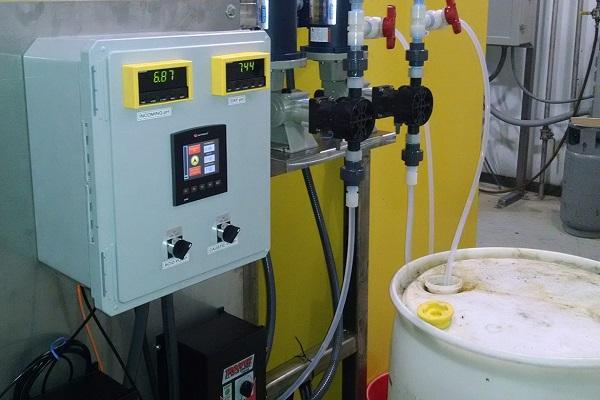 Xử lý nước thải với bơm định lượng hóa chất